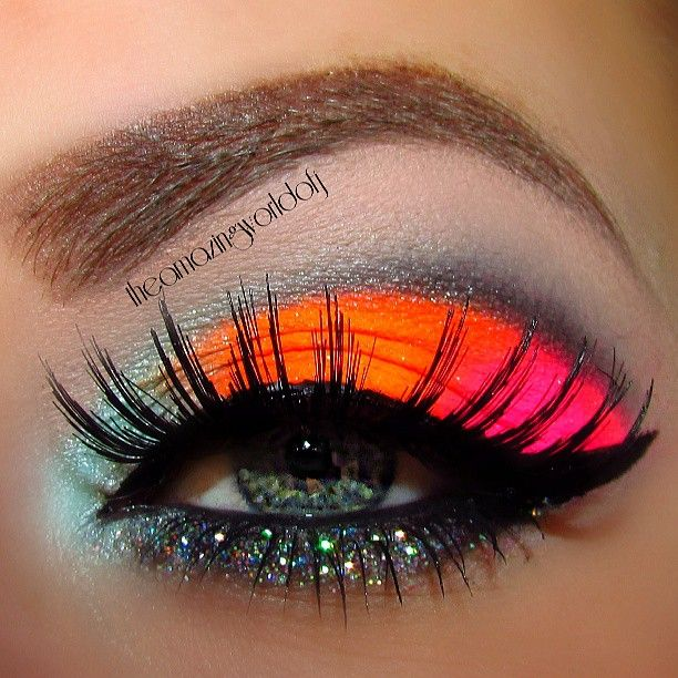 Neon Eyeshadow. party make up :) I LOVE LOVE LOVE!!!!!!!!!!!!!!