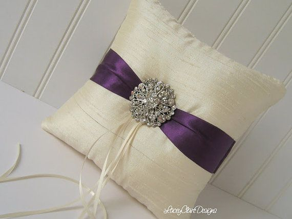 Ring pillow - in white with gray silk strap