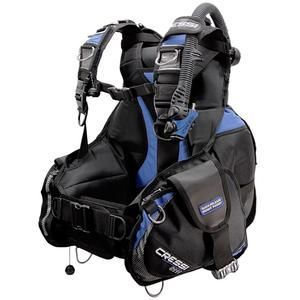 Cressi S2011 BCD | This product and more at  http://www.deepbluediving.org/scuba-wetsuit-vs-drysuit/