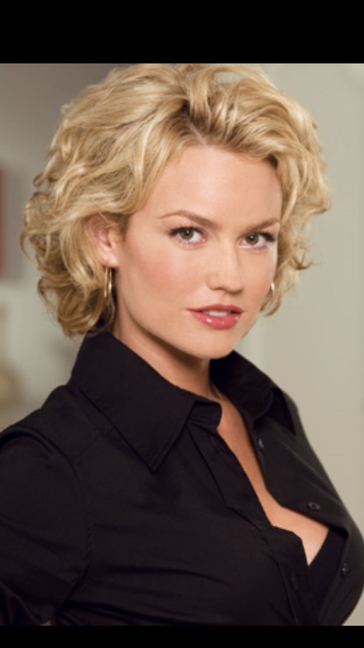 New Episode!  The Psychology of an Actress with former Nip/tuck star Kelly Carlson  http://www.therapycable.com/circle-of-insight-the-psychology-of-an-actress.html  Join Carlos as he explores the psychology of an actress with Kelly Carlson. Kelly Carlson is famous for her role as the emotionally unstable model Kimber Henry on the hit show Nip/Tuck. She's also appeared in movies like 3000 Miles to Graceland (2001), Starship Troopers 2 (2004), Paparazzi (2004), and the upcoming The Marine…