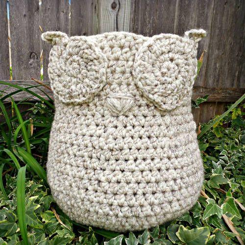 Free Crochet Pattern Owl Basket : Owl-y Yarn Basket by pinkleo Harry Potter crafts Pinterest