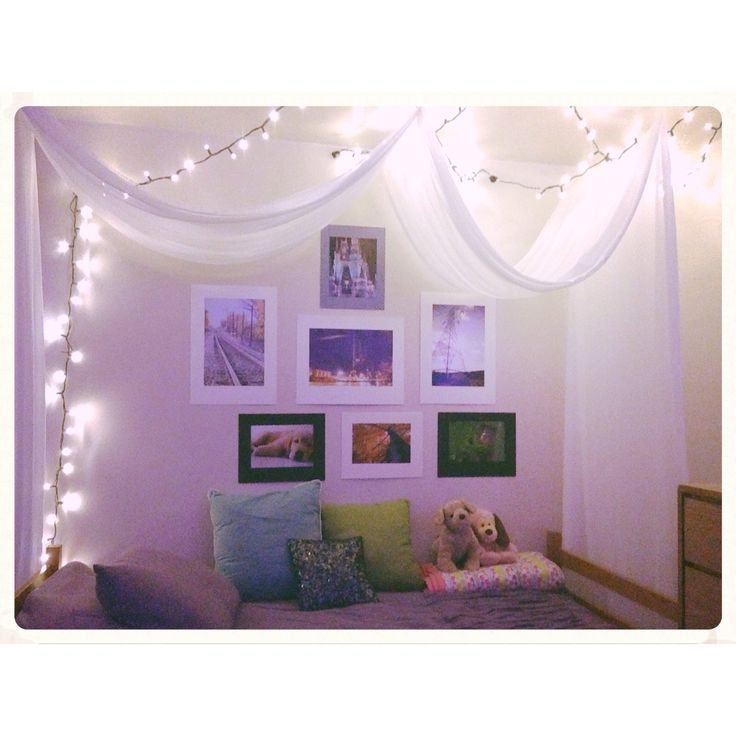 Christmas lights, diy canopy, and pictures to help  ~ 062429_Dorm Room Canopy Ideas