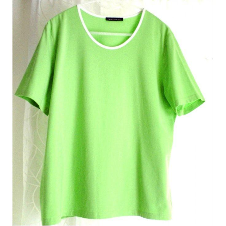 """Hochwertiges, unifarbenes Damen-T-Shirt """"NICE CONNECTION"""", mit kontrastfarbener weißer Paspel, Gr. 46, ungetragen, weil es nicht passt:  Farbe: Schönes Hellgrün  leicht tailliert."""