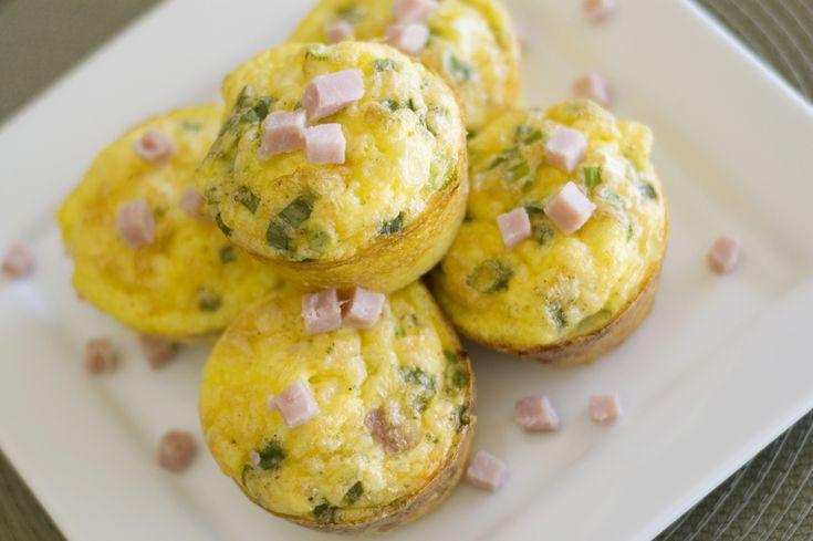 Mic dejun sănătos: omletă la cuptor, cu brânză și spanac | Aperitive, gustari, mic dejun, sandwich, Culinar, Mic dejun, Retete culinare | Avantaje.ro - De 20 de ani pretuieste femei ca tine
