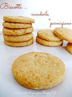 Biscotti mandorle e parmigiano....senza uova