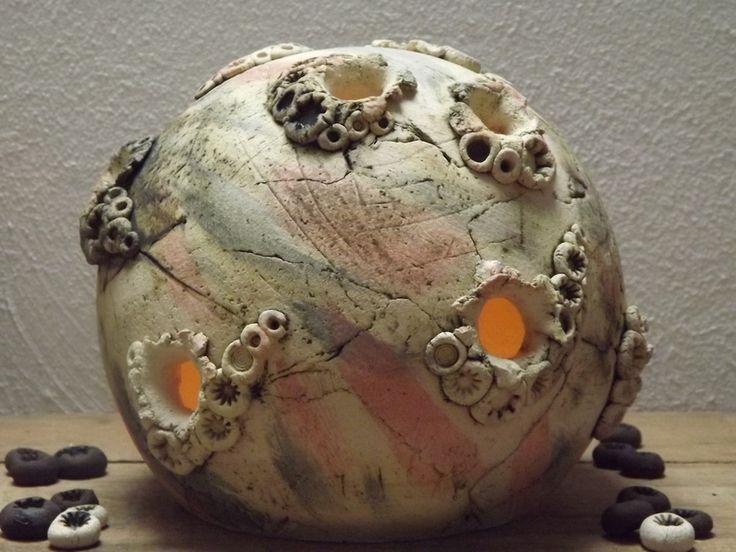 137 besten keramik kugeln bilder auf pinterest for Kugeln gartendekoration