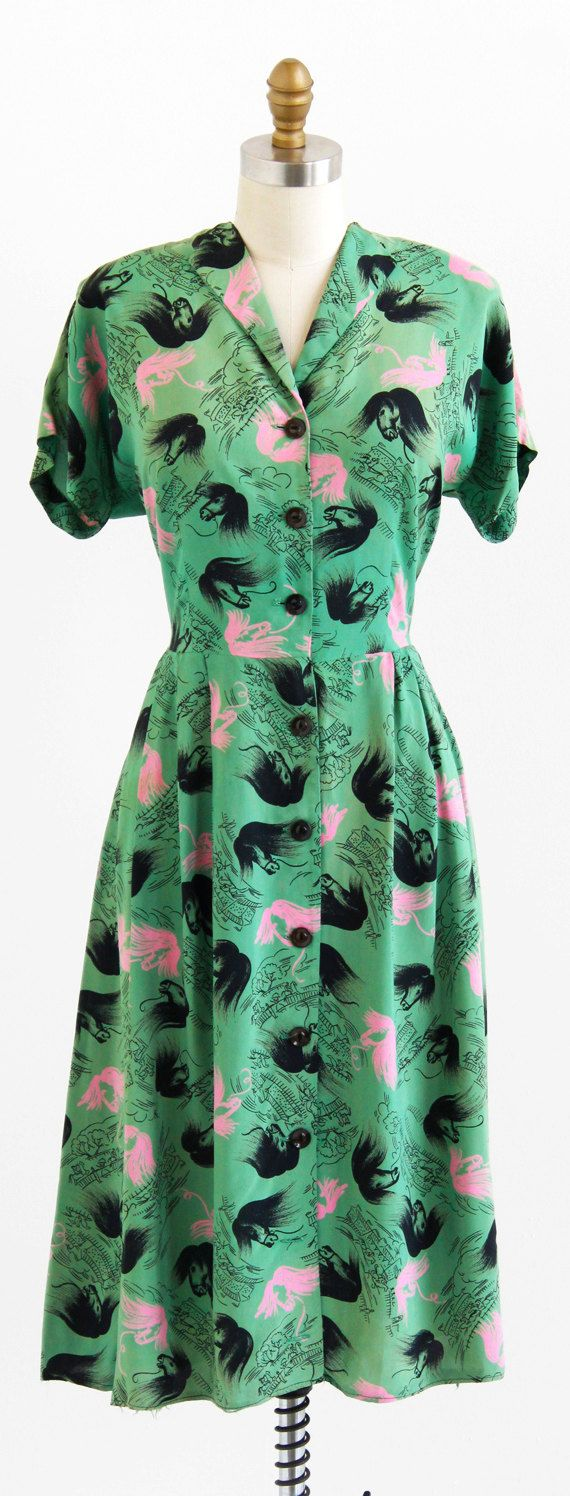 vintage 1940s horses + racetracks novelty print dress | vintage 1950s dresses | www.rococovintage.com
