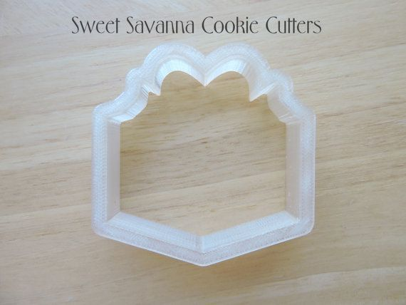 Check out this item in my Etsy shop https://www.etsy.com/listing/222089929/gift-box-cookie-cutter