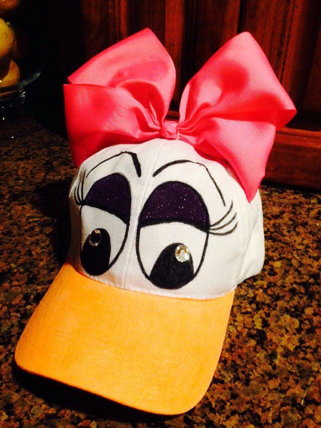 DIY Daisy Duck hat