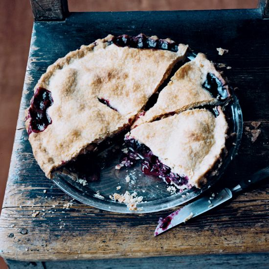 """Marilyn Batali's Blackberry Pie 