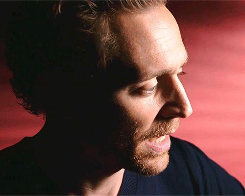 elvenfair1:  maryxglz:  Tom Hiddleston and Simon Russell Beale...