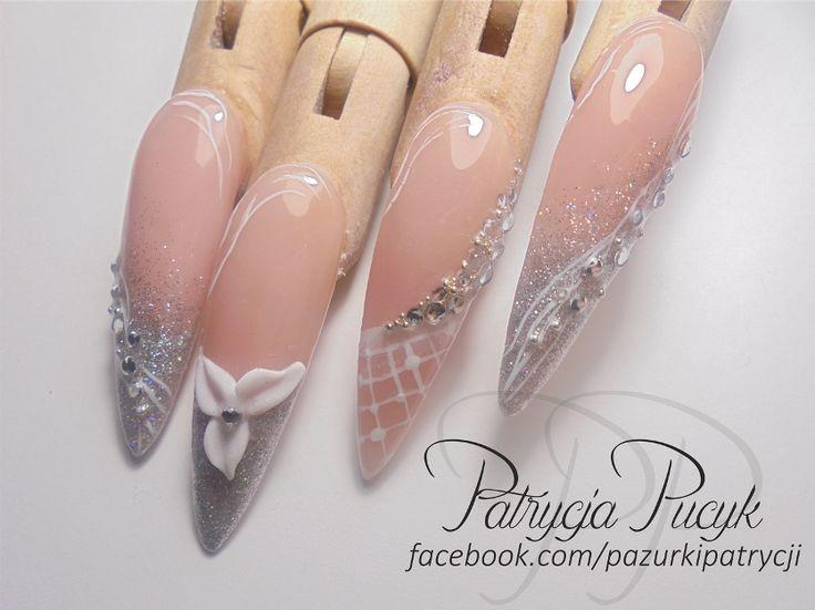 Delicate acylic nails (stiletto) with silver brocade, crystal and acrylic flower. Hope you like it ;) / Delikatne paznokcie akrylowe z brokatem, kryształkami i akrylowym kwiatkiem. Mam nadzieję że się podobają ;)