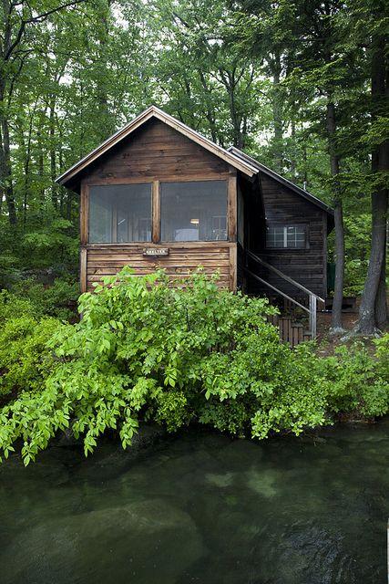 Squam art workshops 2013 hampshire cabin and lakes for Log cabin portici e ponti