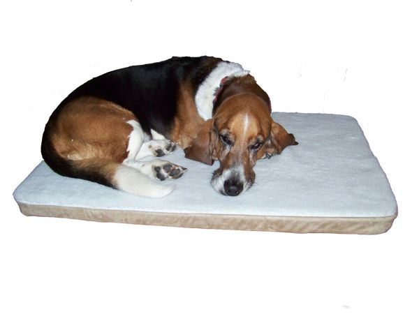 Raffel Systems - Heated Pet Bed - Tan/White Sherpa, $89.00 (http://www.comfort-ease.com/heated-pet-bed-tan-white-sherpa/)