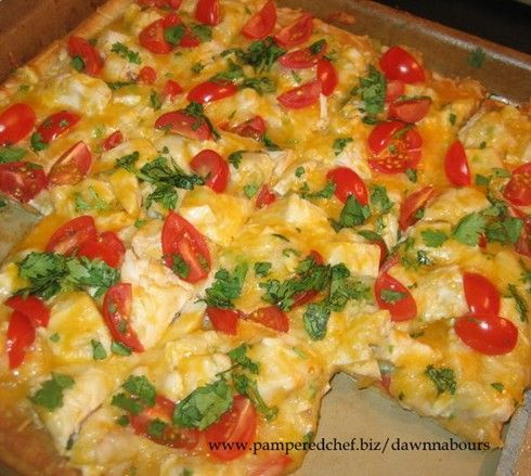 Made this today at a Pampered Chef party!  Sooo good!  Pampered Chef's Chicken Enchilada Pizza | Recipe Binder