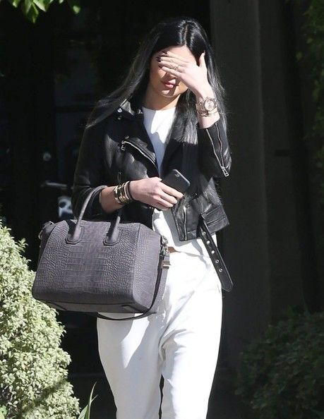 Kylie Jenner Photos - Reality star Kylie Jenner is seen leaving the Andy Lecompte salon in West Hollywood, California on November 3, 2014. An insider close to Kylie's 25 year old rapper boyfriend Tyga recently revealed that their relationship is not physical because Kylie is only 17. - Kylie Jenner Visits the Andy Lecompte salon