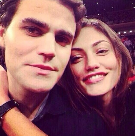 Paul Wesley Dating Phoebe Tonkin Seriously? Stefan Posts New PDA PHOTO on Instagram, 2013 Girlfriend Cuddles Closely at BBall Game [SEE]