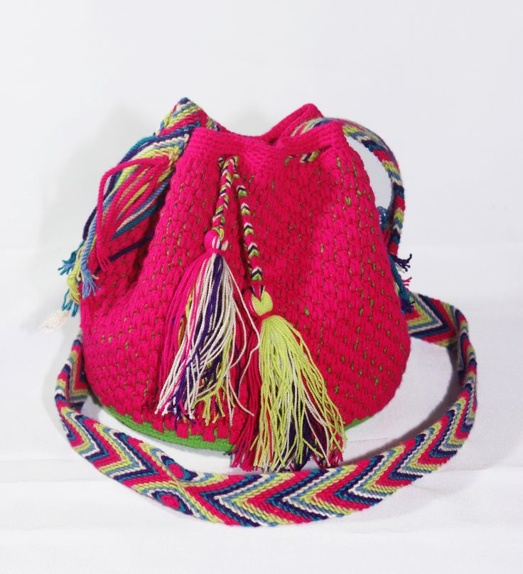 Small Hand-Woven Artesinal Colombian Wayuu Bag (Medium-Violet-Red/ Lime/ Spring-Green) - Bacano Bags and Hats