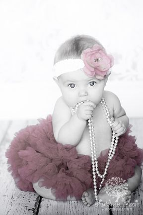 photography...baby in tutu and pearls  Ohhh... @Whitney Clark Luciano Luciano Arie Bellie NEEDS this done!