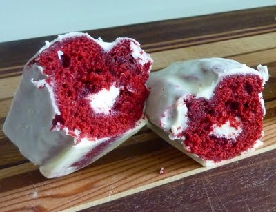 Red Velvet Twinkie at Lulu   bakes and food   Pinterest