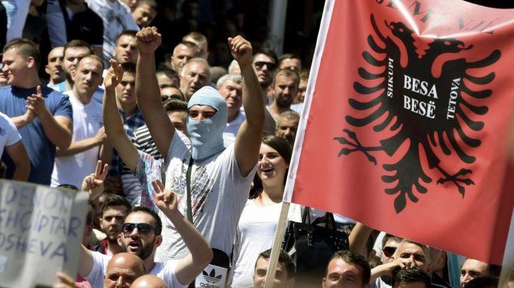 Προκαλούν πάλι οι Αλβανοί: Επίθεση κατά Ελλήνων μειονοτικών στη Χειμάρρα