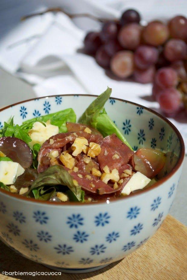 Insalata settembrina con carpaccio, gorgonzola, uva e noci   Barbie magica cuoca - blog di cucina