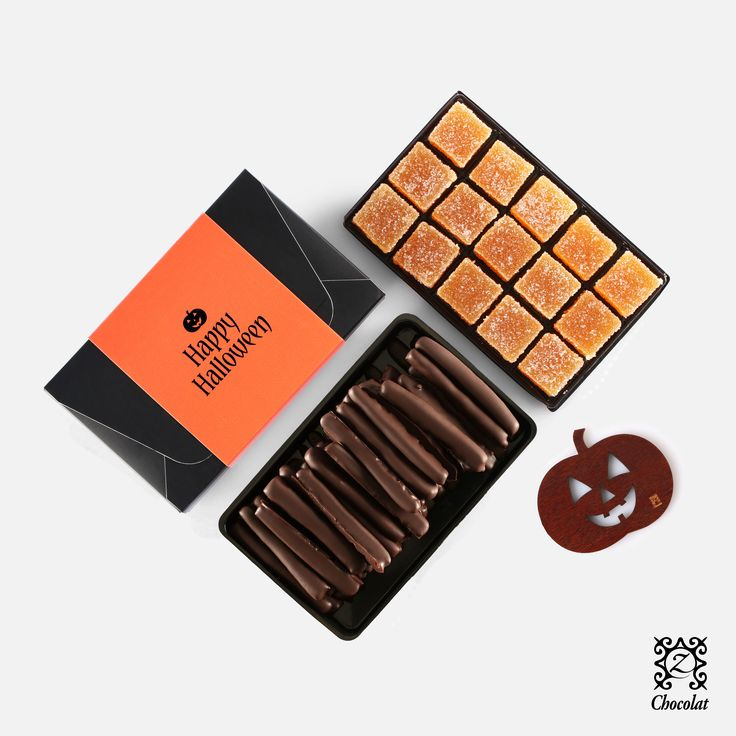 Trick or Treat Enjoy our wickedly delicious Halloween pack on October 31st! http://www.zchocolat.com/shop/en/assortments-/178-halloween-pack.html