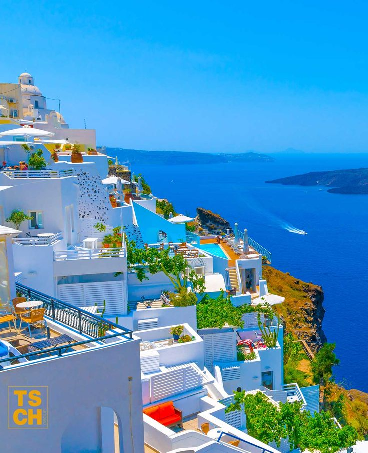 Sail around the Greek Islands and discover places such as Santorini aboard a charter yacht. Live the DREAM in the midst of STUNNING natural surroundings and COLOURFUL islands. #santorini #greece #greekislands #visitgreece #yacht #charter #sail #sailingholiday