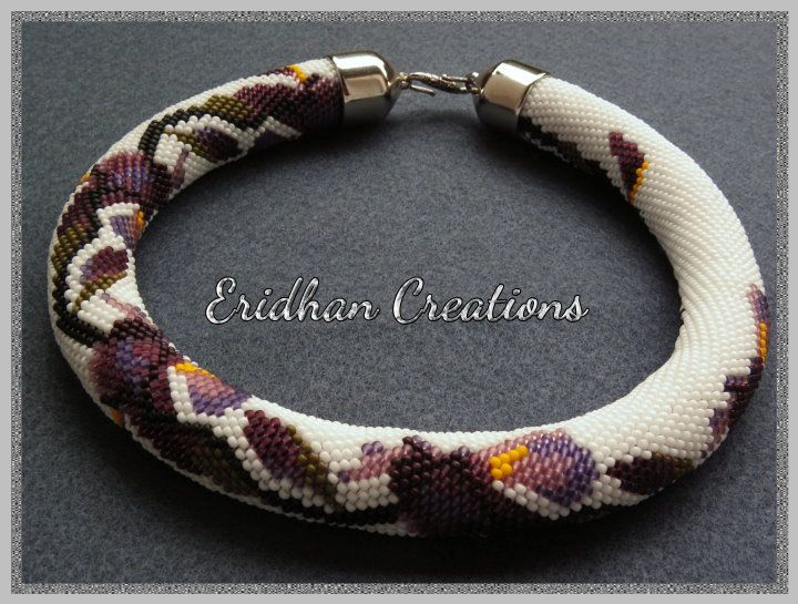 Irises - beaded crochet necklace with a free pattern :)