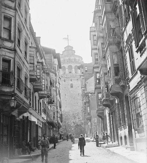 İşgal Günlerinde Galata Kulesi