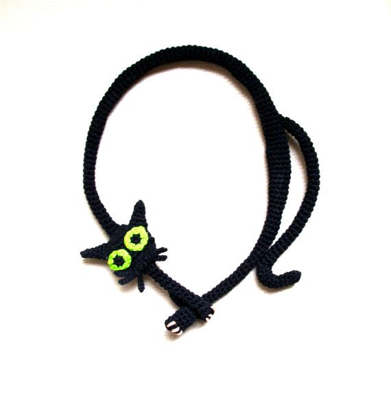 Black cat necklace Crochet necklace Cat necklace by LindaLejn, $55.00