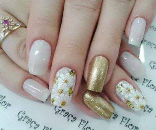 Unhas decoradas com flores 2014 - 15                                                                                                                                                                                 Mais