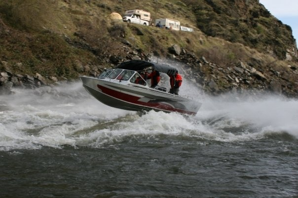 Aluminum boats aluminum fishing boats custom aluminum for Fishing jet boat
