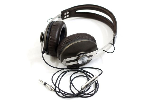 Sennheiser Momentum Review | ChipLoco