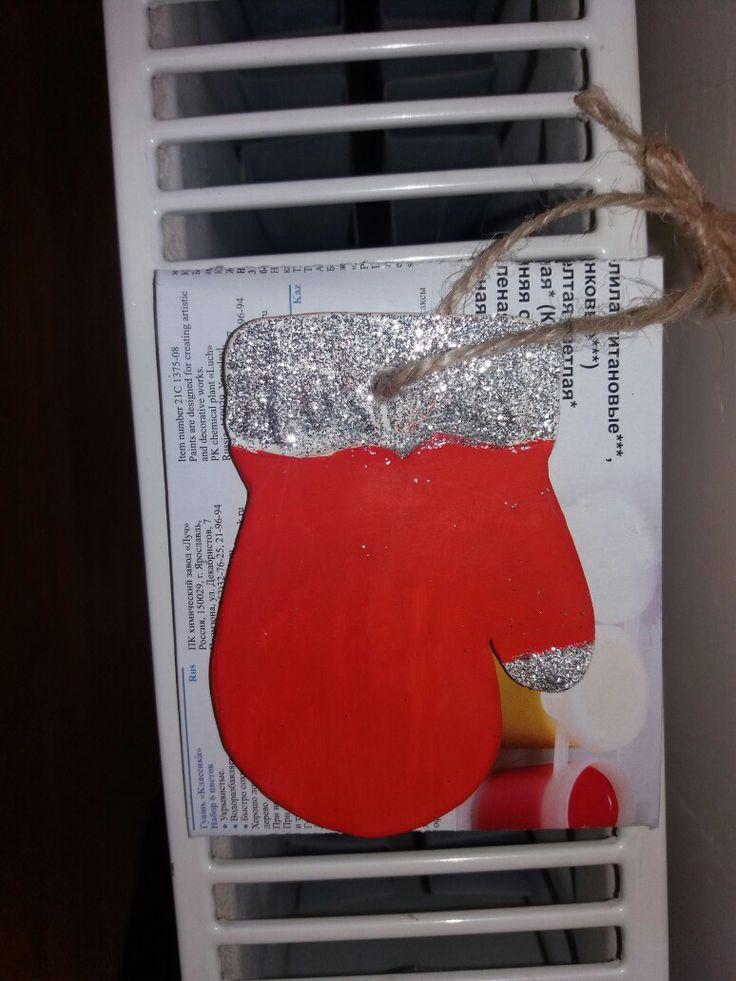 Christmas tree hanger, handmade