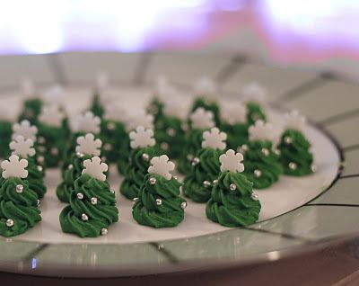 Royal icing toppers