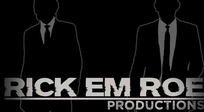 """Help ons onze """"Droom"""" ,om ons Theater en Film/TV Productiebedrijf te starten, werkelijkheid te laten worden. Dit kan al vanaf een bedrag van slechts €5. Vele handen maken immers licht werk! Vele kleine donaties maken een wat groter bedrag om onze start zo goed mogelijk te maken en daar kunt u bij helpen.  http://www.dreamordonate.nl/731-rick-em-roe-productions"""