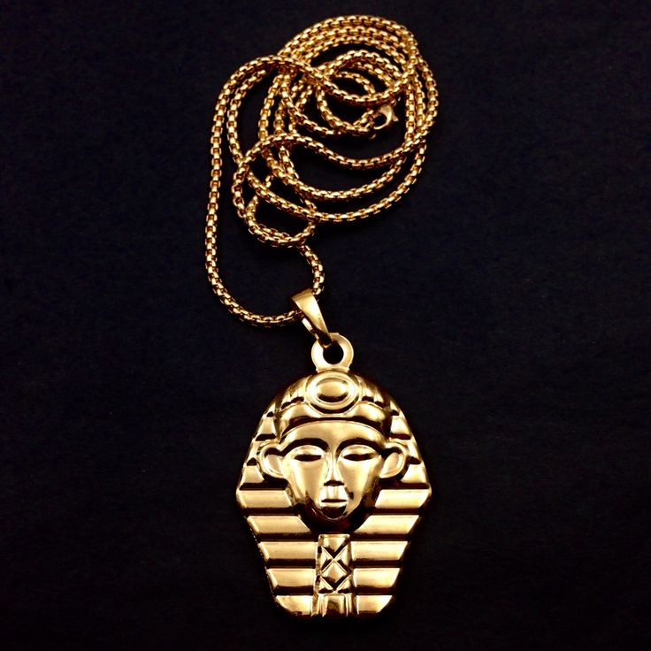 Bullion Heaven product, pharaoh gold pendant, check out our website now www.bullionheaven.bigcartel.com #miamicubanlink #cubanlink #goldlink #goldchain #goldpiece #goldnugget #bullionheaven #18k #14k #jesuspiece #angelpiece #pharaohpendant #boss #stacks #swaggod #highsnobiety #hypebeast #rvspgallery  #amhush #dopepiece #blvck #goldheaven #hippop #golggod #ladies #lady #liberty