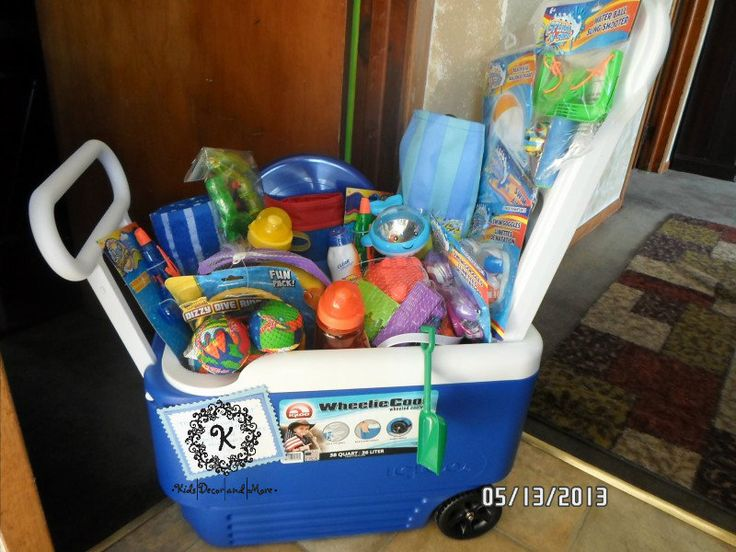 Beach themed gift basket! Contains a beach bag cooler tote, two ...