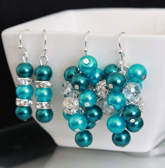 Turquoise and Teal Cluster Necklace Teal by DaisyBeadzJoaillerie