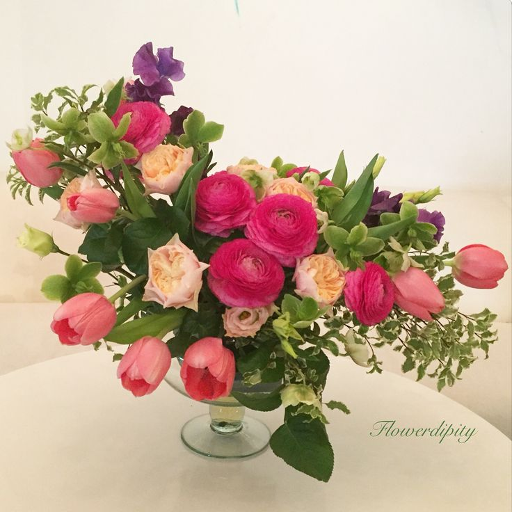 Flower design #ranunculus #tulips #greenery #elegant #floral #design #special #flowers #flowerdipity #art