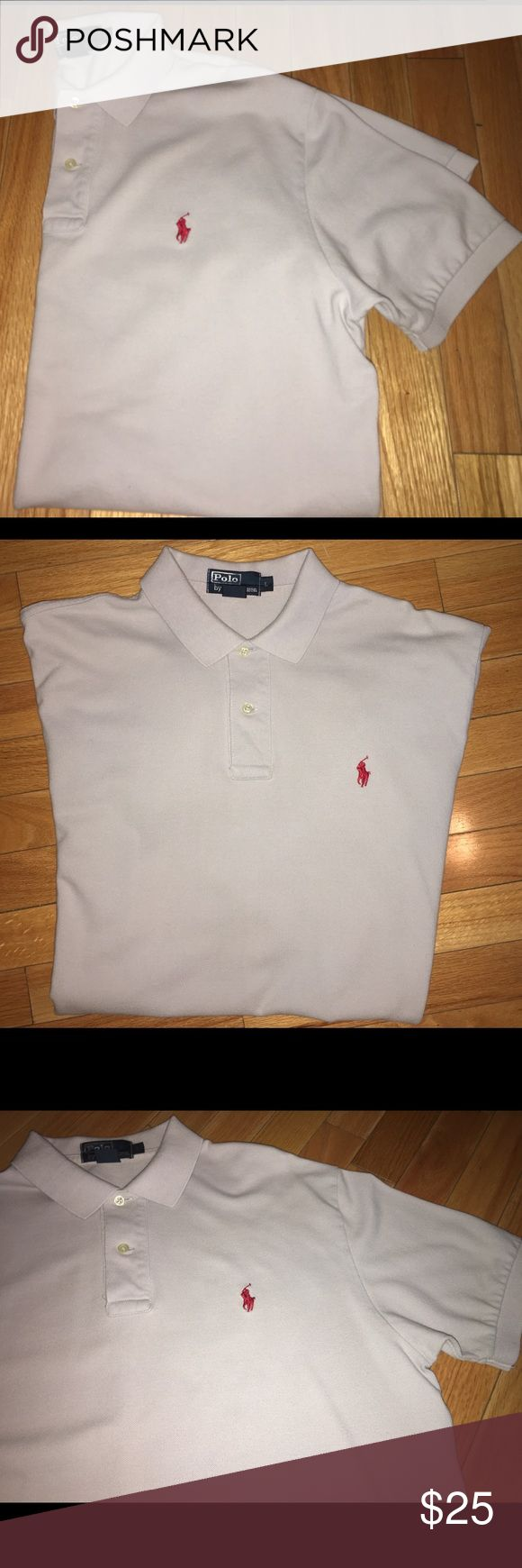 Men's Size Large Ralph Lauren Ash Gray Polo. Men's Large Ralph Lauren Polo. Color= Light-Ash grey to silver (best I can describe). A Maroon Polo on chest! MINT shape/NO FLAWS💯 Worn & Dry Cleaned Once & ready for you to buy✅ For Date night or for women too, as a night shirt‼️😊From Smoke/Pet Free Home💯😊 Polo by Ralph Lauren Shirts Polos
