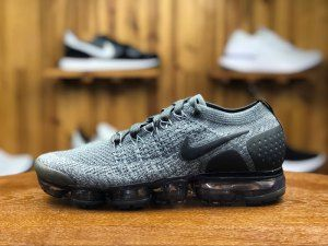 Mens Nike Air Vapormax Flyknit 2 Dark Grey Black Wolf Grey 942842 002  Running Shoes 89c67e971