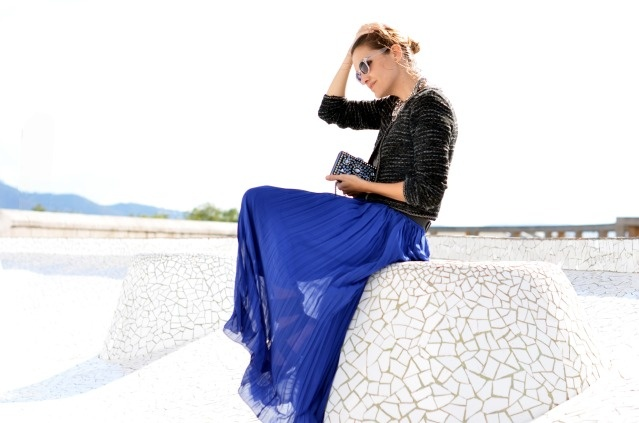 pleated maxi skirt.  really digging these lately