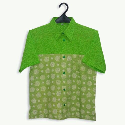 Fresh green colour to boost mood. Might as well be style setter. #stylesetter #teenstyle #batikshirt www.pipopile.com