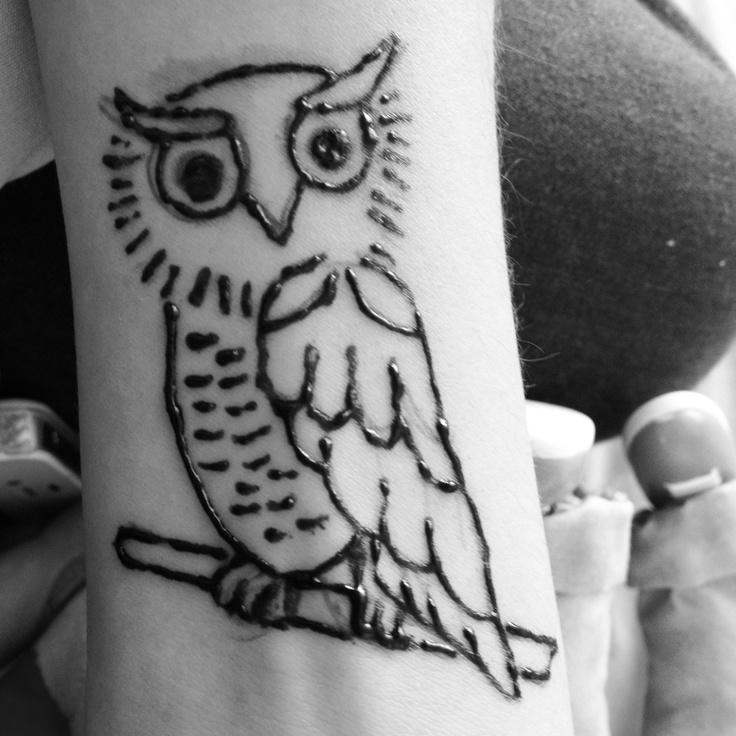 Owl henna tatto ;) made by me!