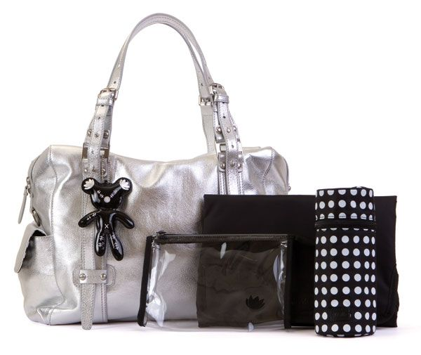 Il Tutto Nico bag goes platinum, only fifty available - it works so well with the other items in my wardrobe!