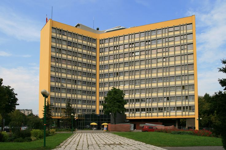 Tychy_-Budynek Urzędu Miasta