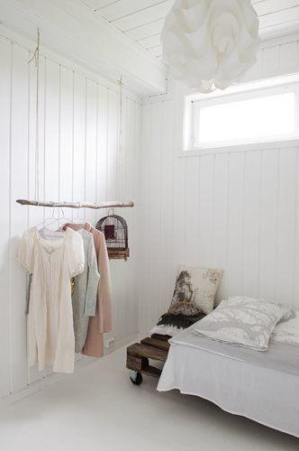 FleaingFrance Brocante Society Beautiful way to plan out a day's wardrobe