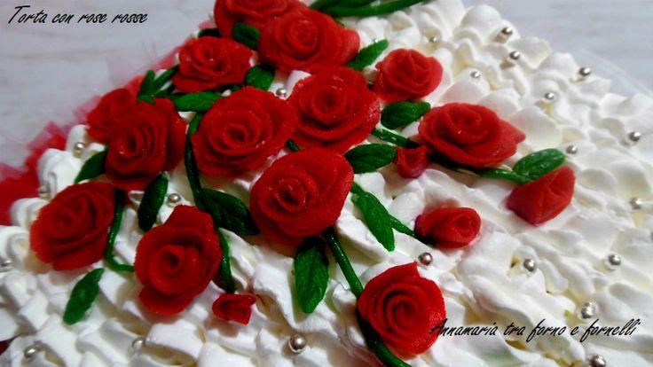 Torta cuore con rose rosse - Annamaria tra forno e fornelli